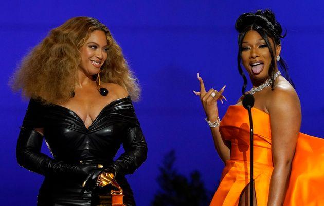 Beyoncé y Megan Thee Stallion en la gala de los Premios Grammy