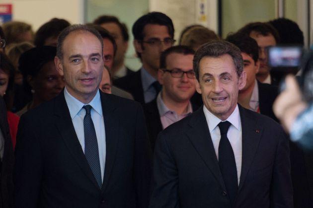 Jean-François Copé et Nicolas Sarkozy sortant d'une réunion au sujet du rejet des comptes de campagne...