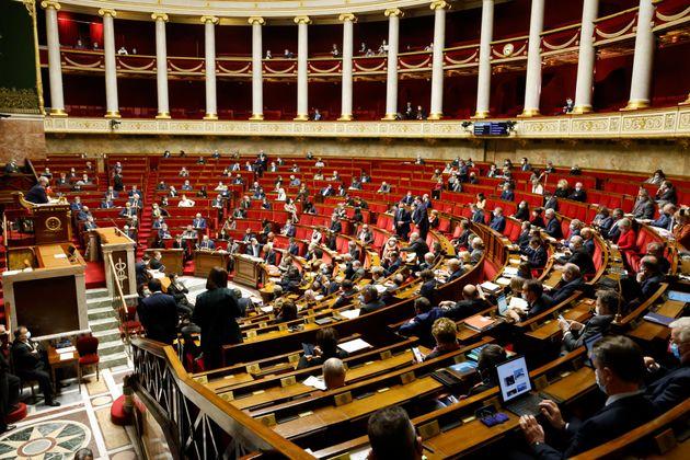 À l'Assemblée nationale à Paris, le 9 février
