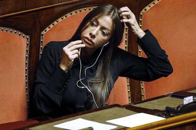 Mariarosaria Rossi durante la votazione della fiducia alla manovra economica nell'Aula di Palazzo Madama,...