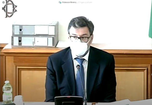 Un fermo immagine traatto da un video della Camera dei Deputati mostra il ministro dello Sviluppo economico,...