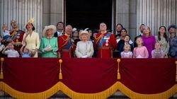Buckingham: la peor crisis en 85 años de una institución inmunizada pero