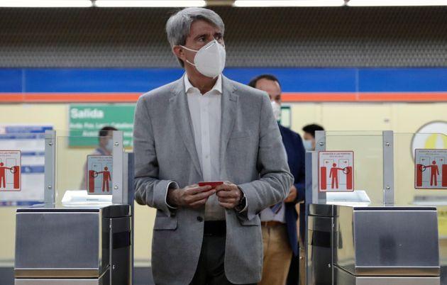 El expresidente madrileño y consejero de Transportes de Cs, Ángel Garrido, el pasado agosto, en el Metro...