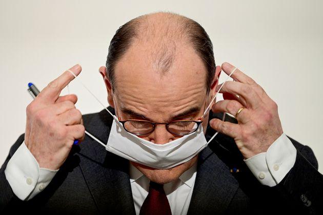 Le premier ministre Jean Castex a annoncé un nouveau confinement dans 16 départements pour juguler l'épidémie...