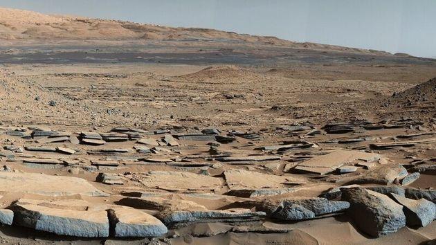 화성 탐사로버 큐리오시티가 착륙한 게일 충돌분지