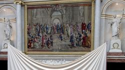 «Η Σχολή των Αθηνών»: Το δάνειο της Γαλλίας για τα 200 χρόνια της