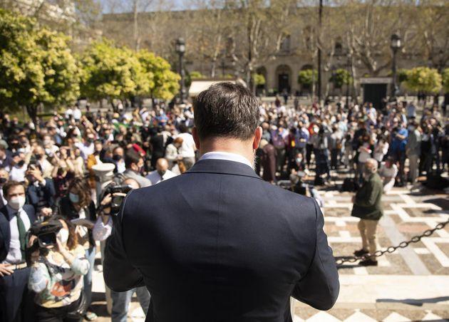 El presidente de Vox, Santiago Abascal, en la Plaza Nueva de