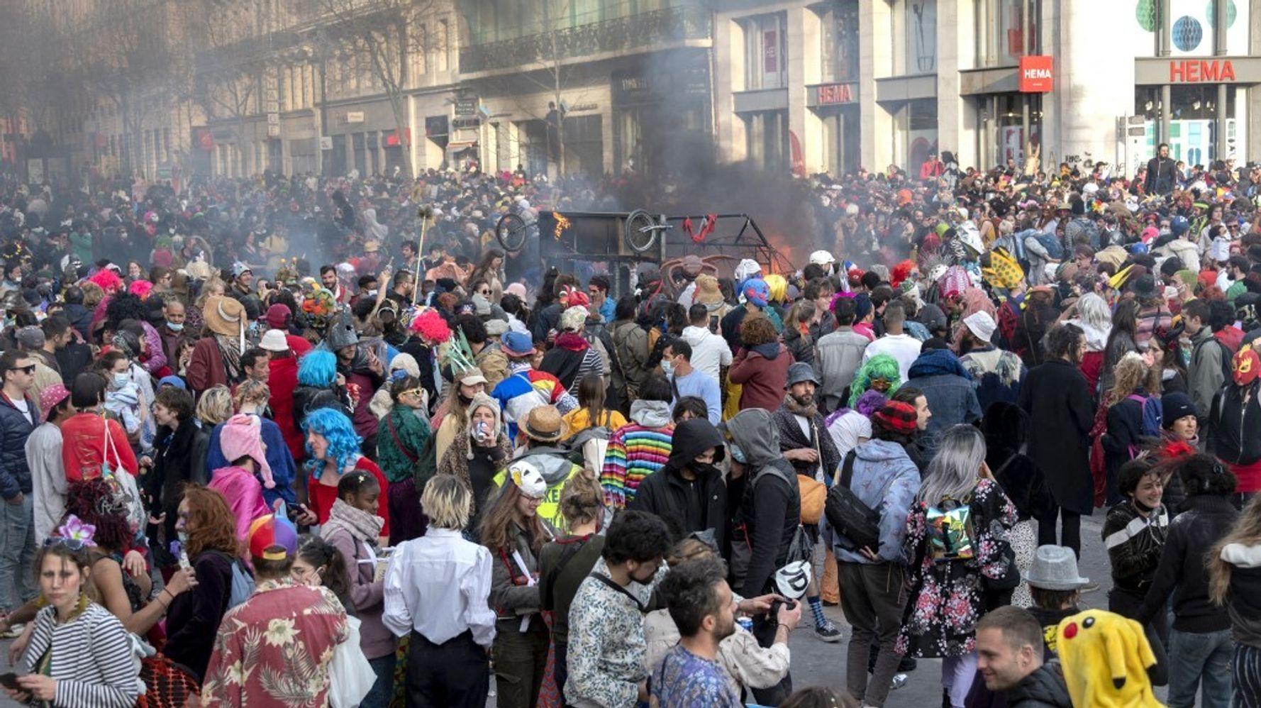 Un carnaval non autorisé à Marseille réunit plus de 6000 personnes