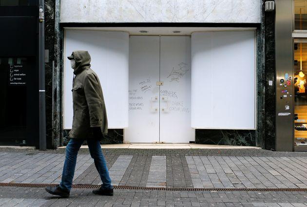Dans une rue de Cologne en Allemagne, le 18 mars