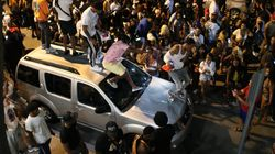 Gas pimienta, porras y toque de queda: el caos en Miami por la incontrolable llegada de