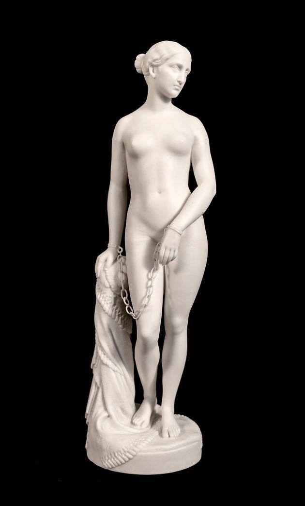 Η Ελληνίδα Σκλάβα, Παριανή πορσελάνη της εταιρείας Minton, αντίγραφο του διάσημου αγάλματος του Αμερικανού...