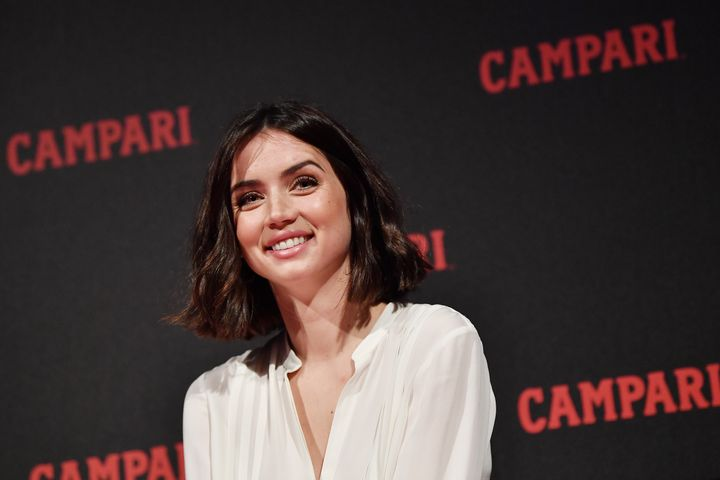 Ana de Armas en la presentación de la campaña Campari Red Diaries en febrero de 2019.