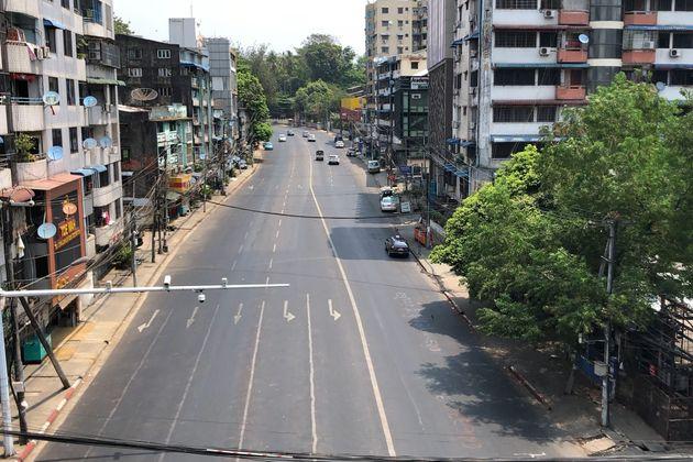 Calles vacías en la huelga contra el golpe en