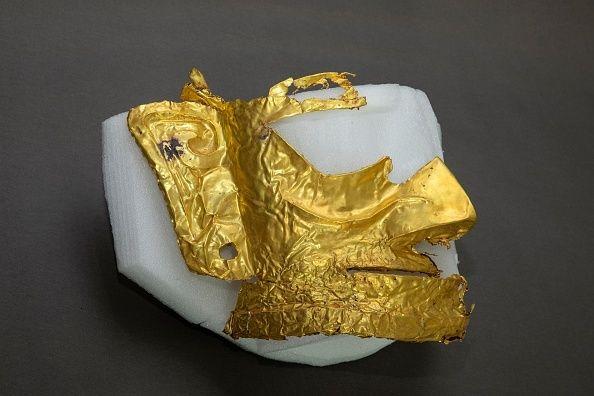 Χρυσή μάσκα ηλικίας 3000 ετών αποκαλύφθηκε σε ανασκαφές στην