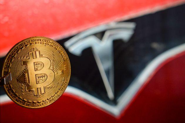 Αγορά Tesla με bitcoin ανακοίνωσε ο Έλον