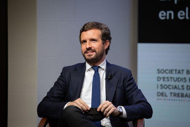 El presidente del PP, Pablo Casado, participa en un