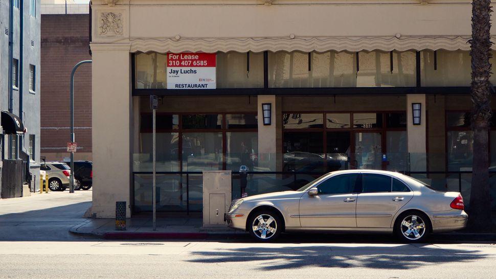 À Los Angeles, le Covid-19 a laissé des traces, mais la vie reprend le dessus