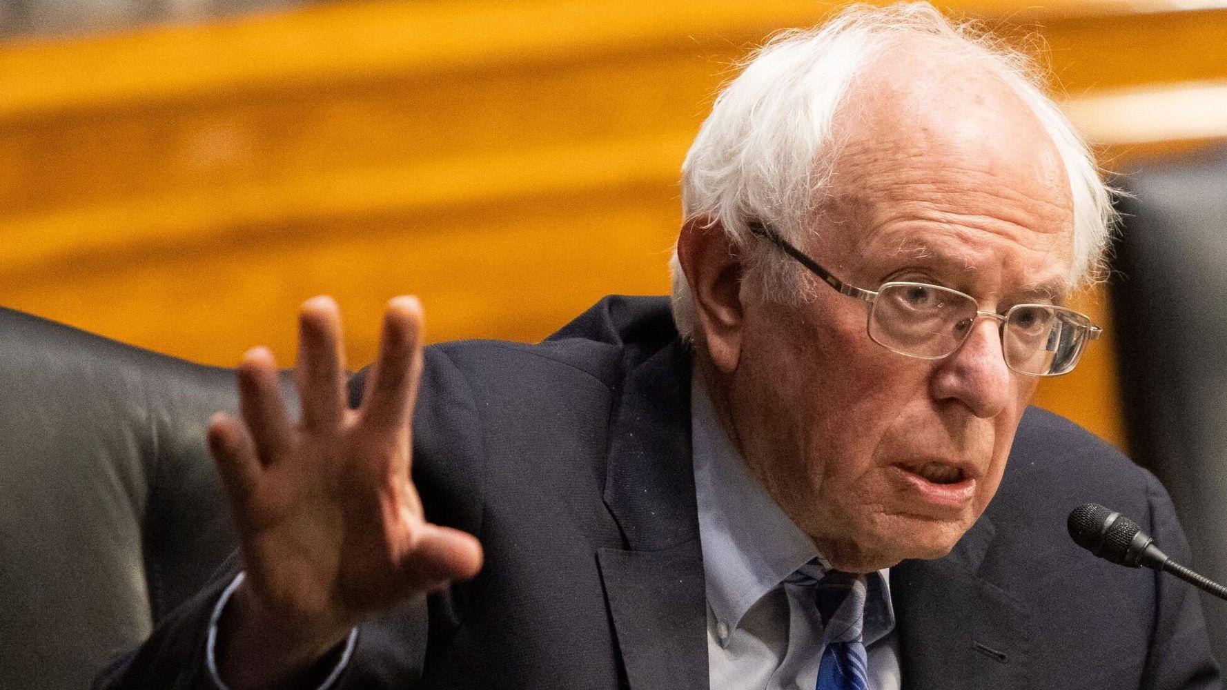 Top Amazon Exec's Snarky Tweets For Bernie Sanders Backfire