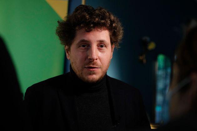 Le secrétaire national d'Europe Ecologie Les Verts (EELV), Julien Bayou, dénonce le rapprochement...