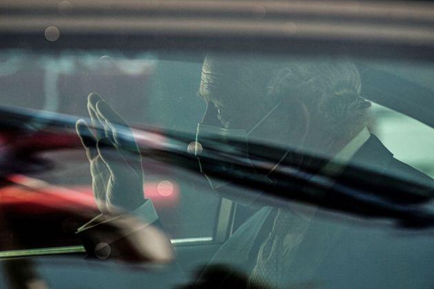 Επιθεώρηση της Προεδρικής Φρουράς από τον πρίγκιπα Κάρολο-Συναντήσεις με Σακκελαροπούλου,