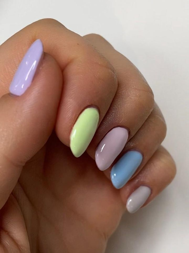 Apply another coat on top of each nail and allow to dry.