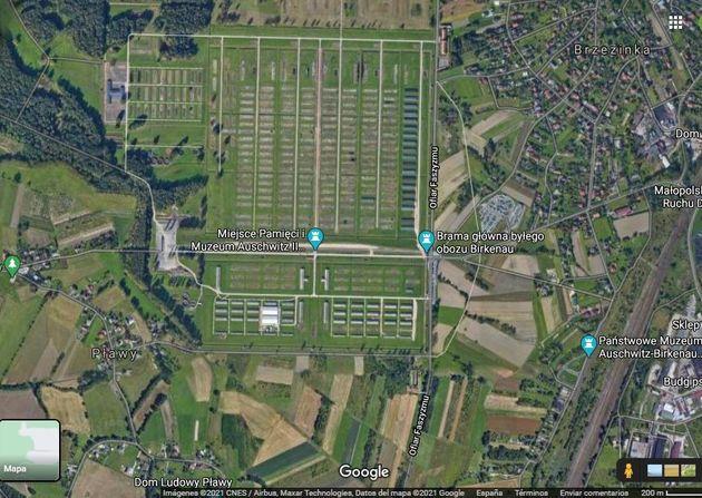 Auschwitz, visto en Google