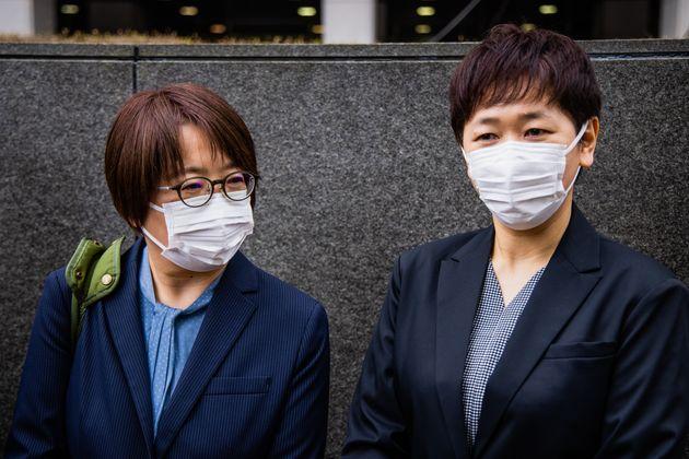 河智志乃さん(右)と鳩貝啓美さん