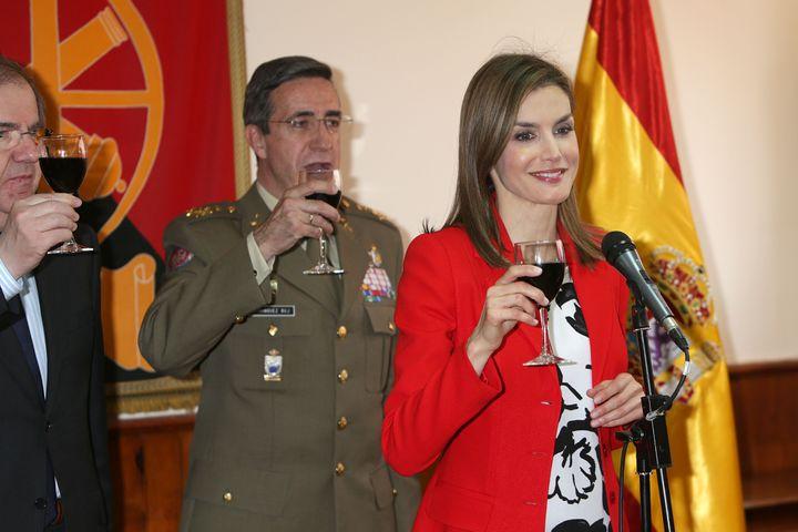 Letizia, junto a Juan Vicente Herrera y Jaime Domínguez Buj el 13 de abril de 2015.