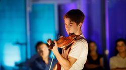 Μόλις 16 ετών και βιρτουόζος: Ο βιολονίστας Χριστόφορος Πετρίδης live από το