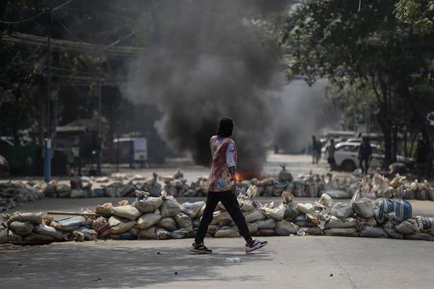 Más de 90 muertos en Birmania en la represión del Ejército a las protestas por el golpe de