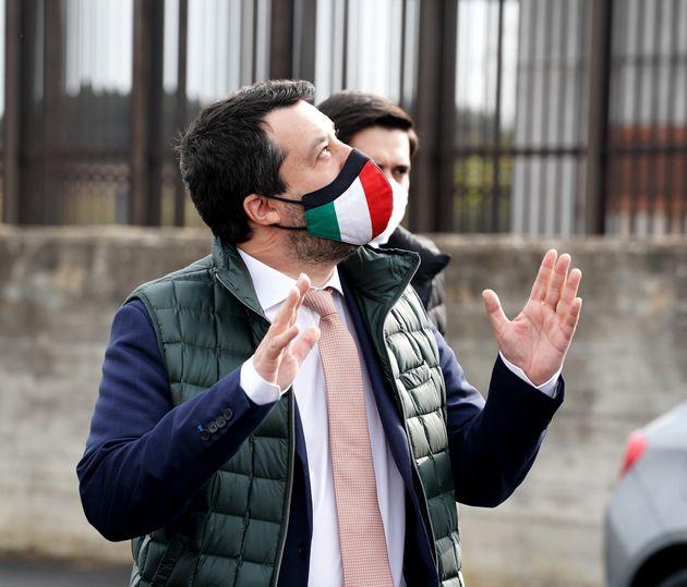 "Flat tax, su Affari nuova lite Pd Lega. ""Fregatura"". ""Pregiudizi ideologici"""