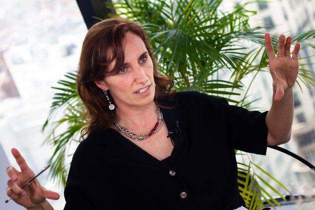 Mónica García durante la