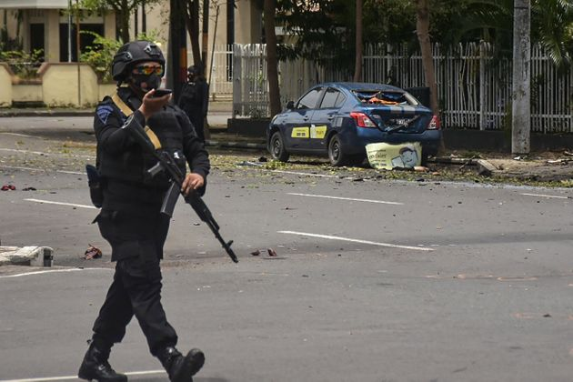 Βομβιστική επίθεση σε καθολική εκκλησία στην Ινδονησία εν ώρα