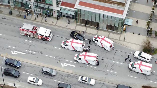 Επίθεση με μαχαίρι κοντά σε βιβλιοθήκη στο Βανκούβερ του Καναδά - Ένας νεκρός και