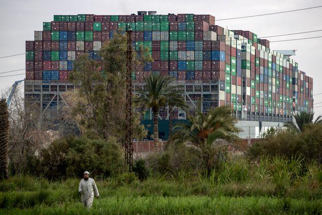 Διώρυγα Σουέζ: Μικρή πρόοδος στις εργασίες αποκόλλησης του πλοίου - Ποιο το plan