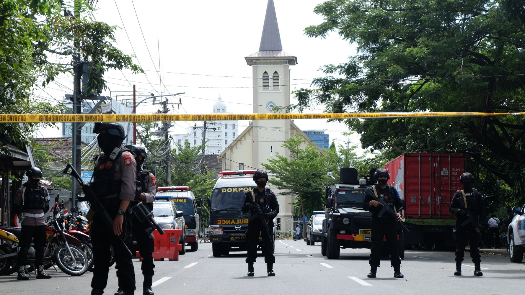 Suicide Bombers Attack Palm Sunday Mass In Indonesia, Wounding At Least 14