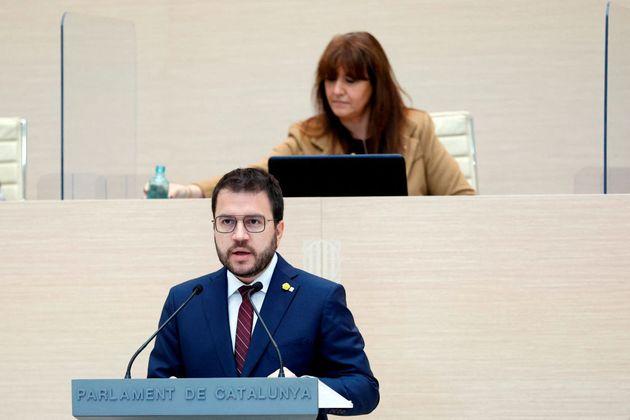 El candidato de Esquerra Republicana de Catalunya, Pere Aragonès, interviene en el debate de