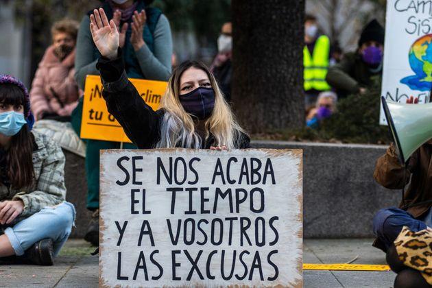 Una activista durante una manifestación de 'Fridays for