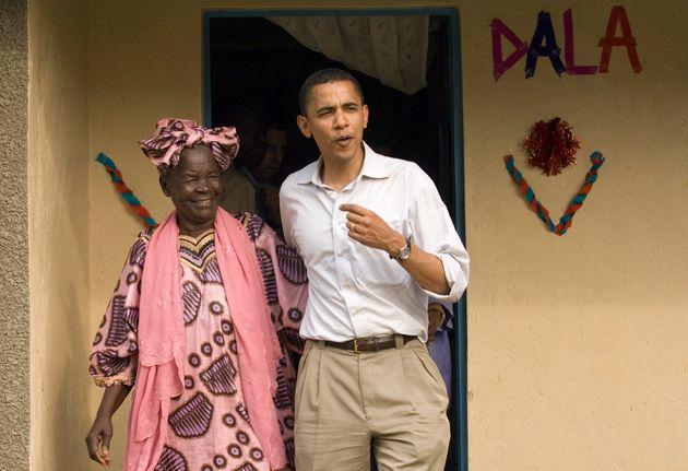 Πέθανε η Σάρα Ομπάμα, η γυναίκα που ο Μπαράκ Ομπάμα αποκαλούσε