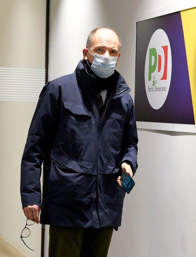 """Alessandro Zan ad Accordi&Disaccordi (Nove): """"Utero in affitto e adozioni gay nel Ddl? Fake news per disorientare l'opinione pubblica"""""""