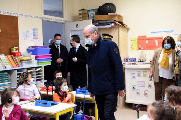 Le ministre de l'Éducation nationale en visite d'une école La Ferté-Milon (Aisne) le 22 mars