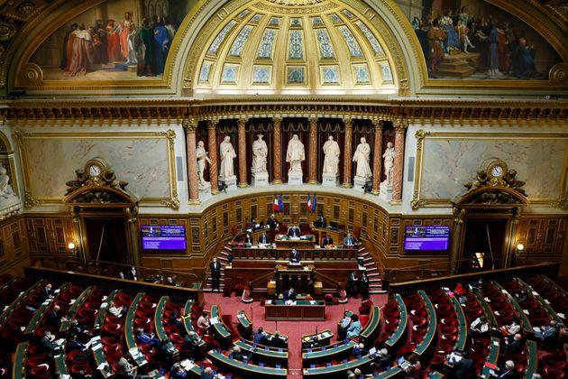 Une session au Sénat photographiée au mois de décembre