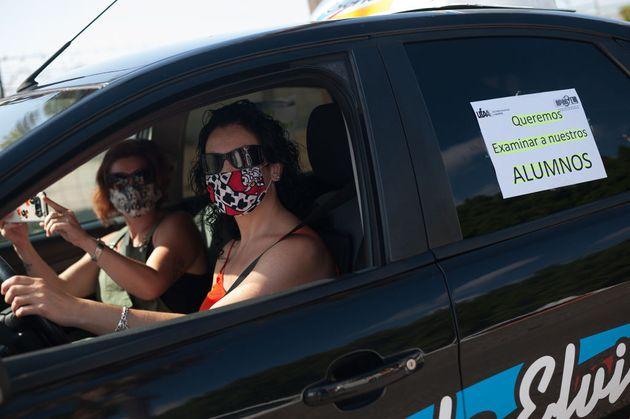 Una protesta de profesores de autoescuela el verano pasado para poder examinar a sus