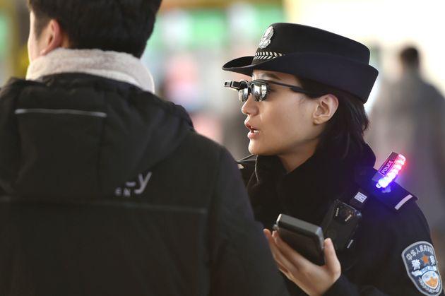 Dalla face detection ai droni uccello, in Cina è la dittatura della sorveglianza