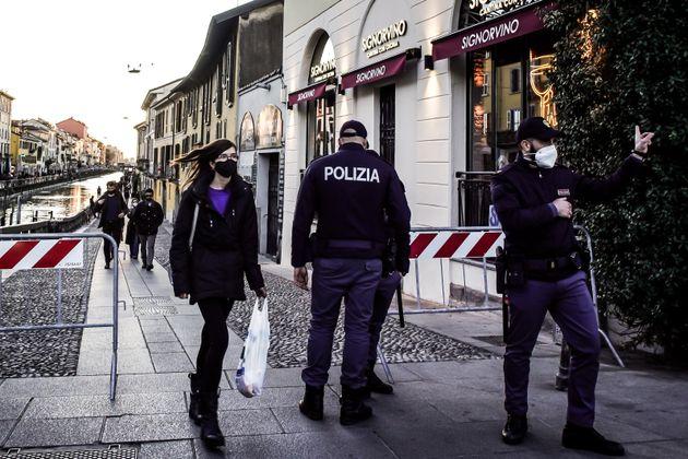 15/03/2020 Milano, Domenica in zona arancione rinforzato, ultima prima della zona rossa e il nuovo lockdown;...