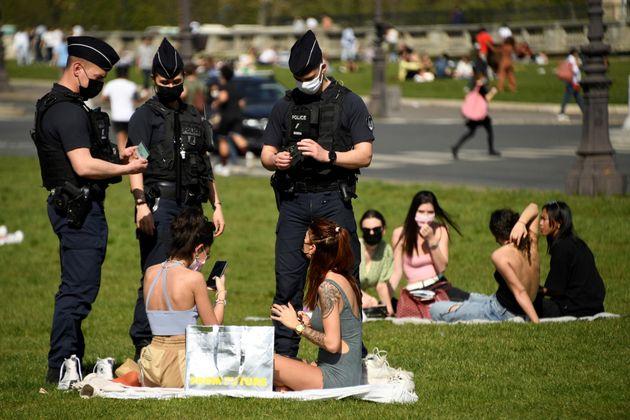 Durant le weekend pascal, les autorités ont prévenu que les comportements dérogeants aux mesures sanitaires...