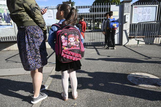 (photo d'illustration prise devant une école de Strasbourg le 22 juin