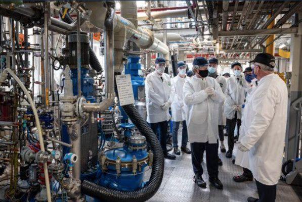 La production de vaccins contre le Covid-19 en France va commencer | Le  HuffPost