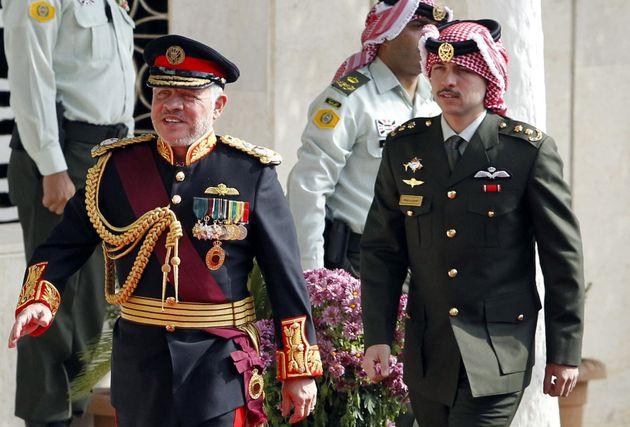 Ο Βασιλιάς Αμπντάλα με τον πρίγκιπα-διάδοχο, και γιο του, Χουσεϊν.