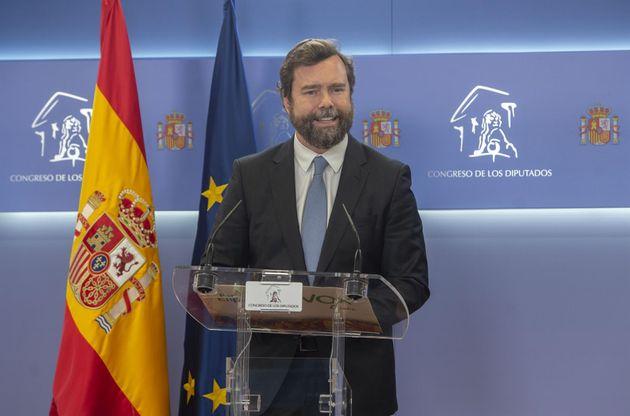 El portavoz de Vox en el Congreso, Iván Espinosa de los Monteros, interviene en una rueda de prensa...